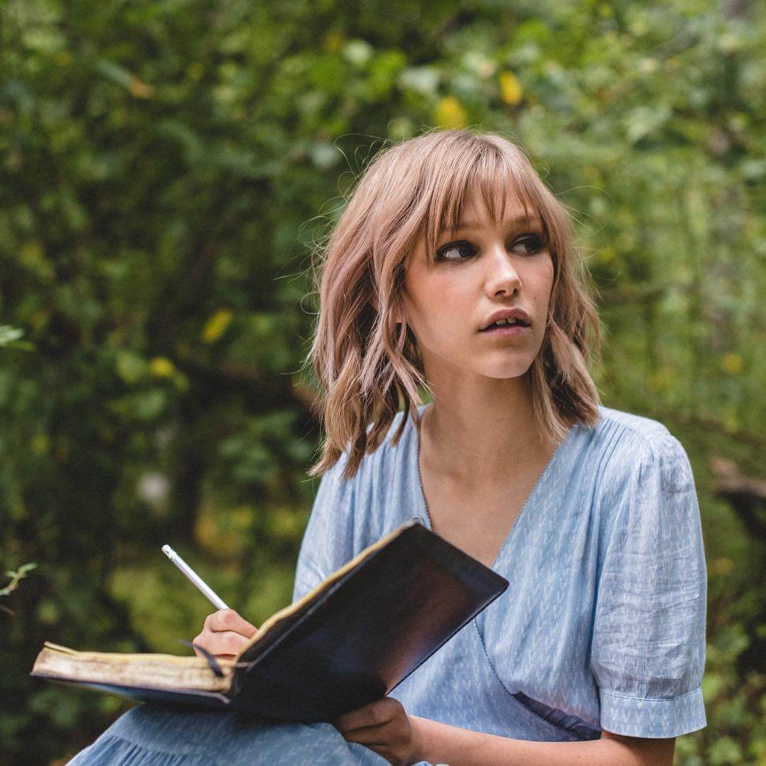 49 Hot Pictures Of Grace VanderWaal Are Epitome Of Sexiness
