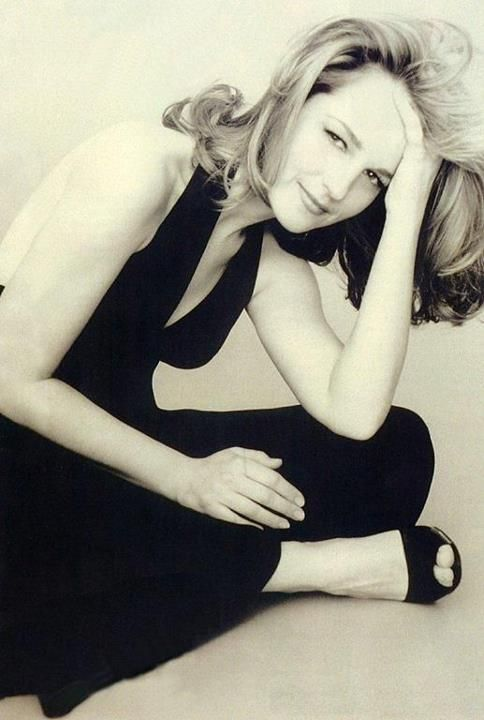 Helen Hunt on Photoshoot