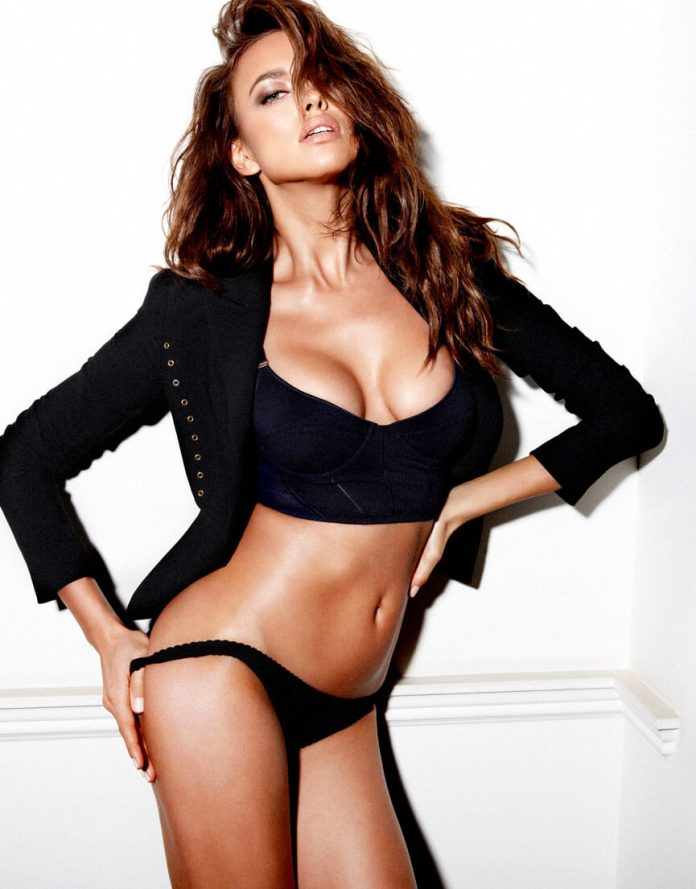 Russian model nata lee is one of the sexiest women