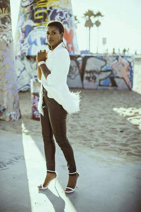 49 Hot Pictures Of Issa Rae Which Prove She Is The Sexiest -8924