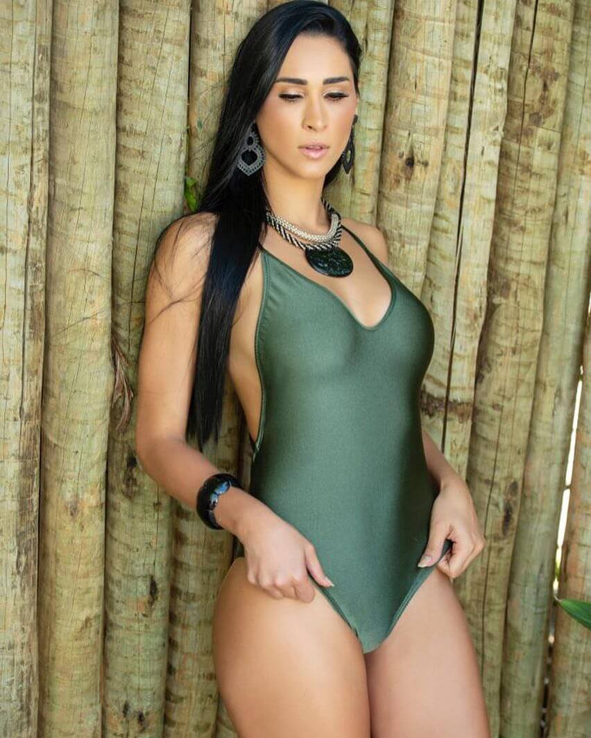 Jaqueline Carvalho thighs awesome pics