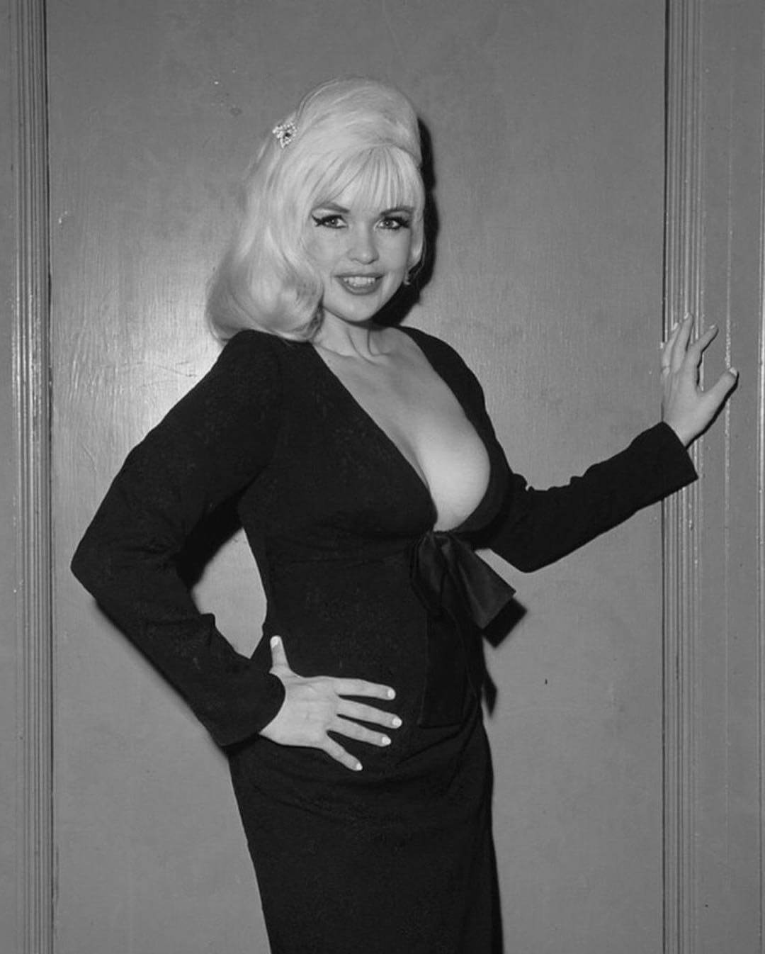 Jayne Mansfield sexy side picture