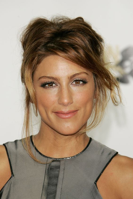 Jennifer Esposito Beautifull Hairstyle