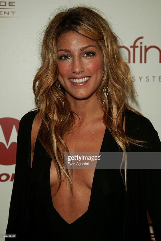 Jennifer Esposito Hot Photoshoot