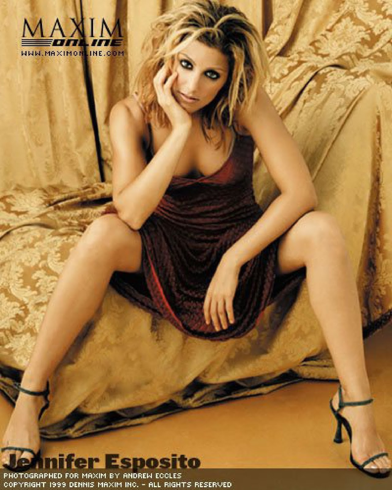 Jennifer Esposito Sexy Feet on High heels