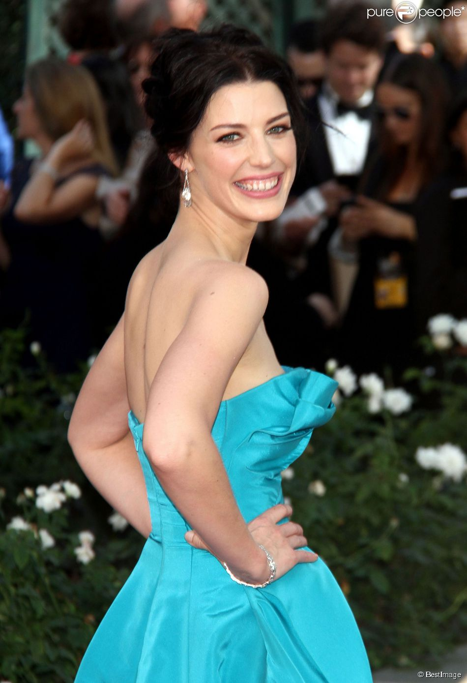 Jessica Pare on Function