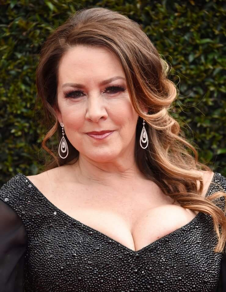 joely fisher tits