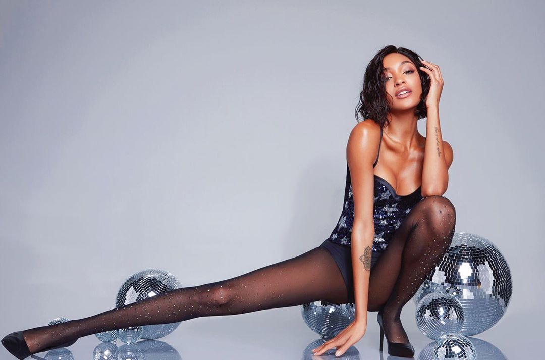 Jourdan Dunn Sexy Boob Pictures Photo
