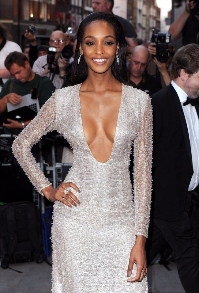 Jourdan Dunn Sexy Boobs Pictures