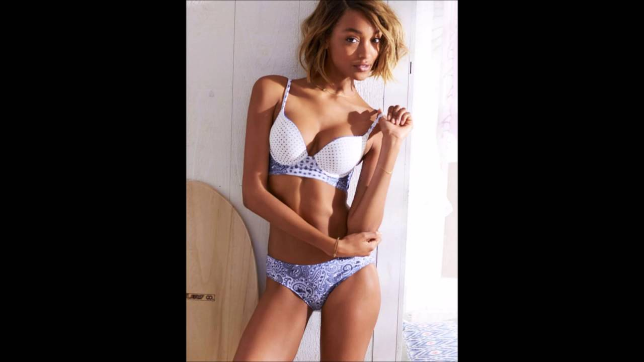 Jourdan Dunn Sexy Boosb Pictures on White Bikini