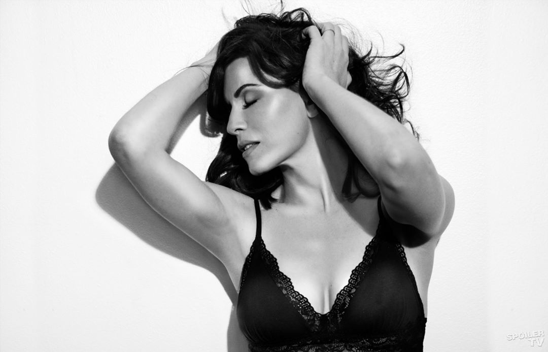 Julianna Margulies Hot Photoshoot Pics