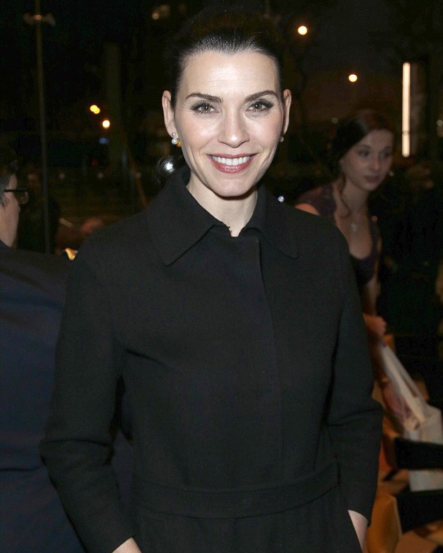 Julianna Margulies Hot in Black Dress