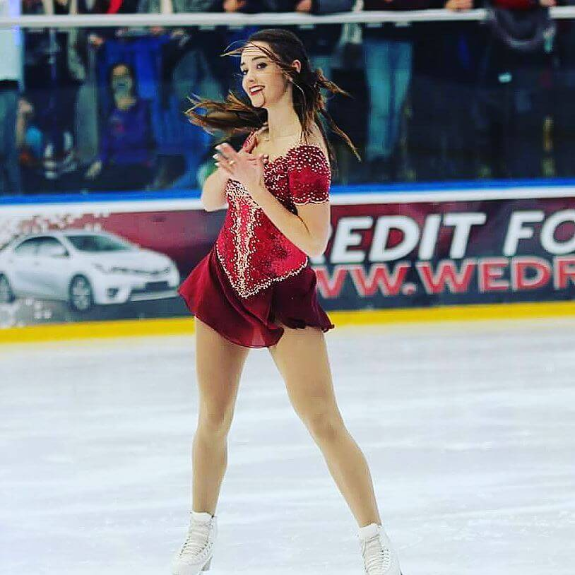 Kaetlyn Osmond hot legs (3)