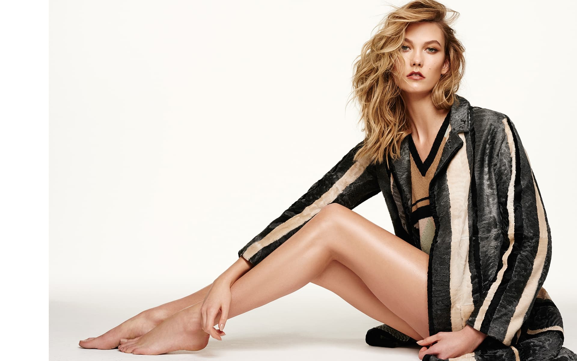 Karlie Kloss sexy lady picture