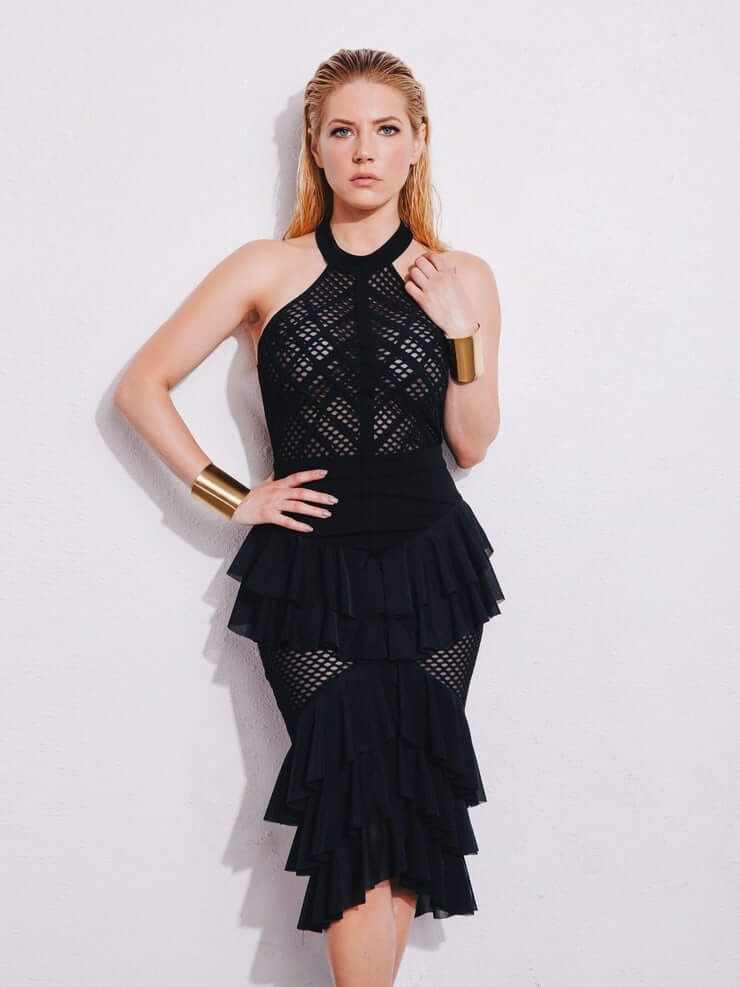 Katheryn Winnick awesome pic