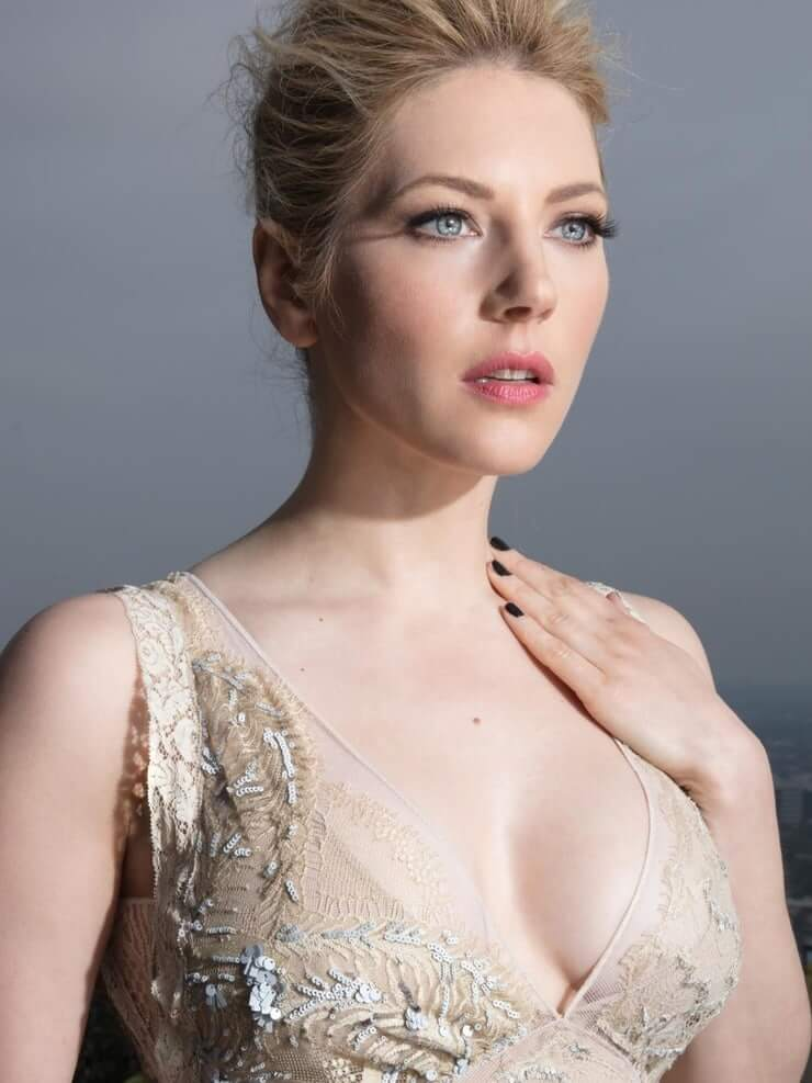 Katheryn Winnick beautiful