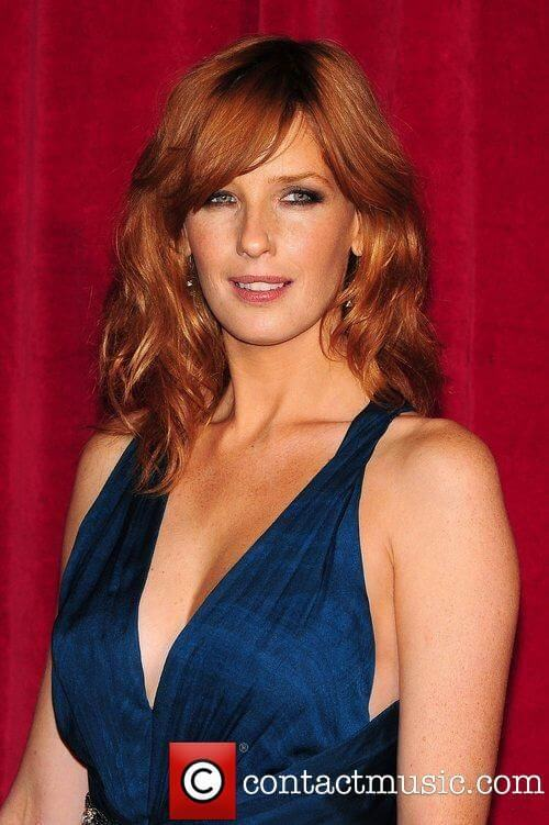 Kelly Reilly cleavage pic