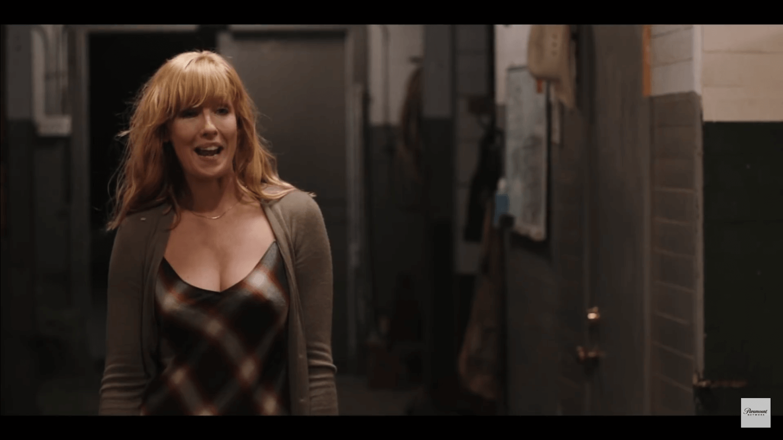 Kelly Reilly hot