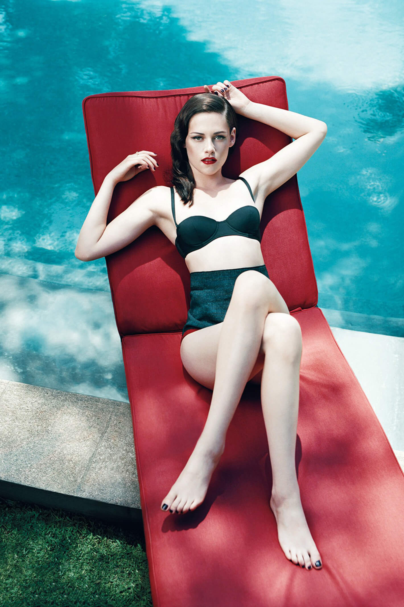 Kristen Stewart hot bikini look