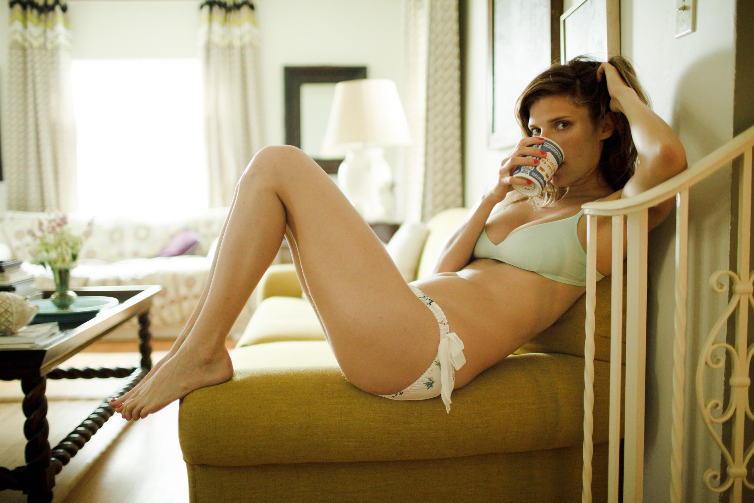 60 Hot Pictures Of Lake Bell Are Just Heavenly To Watch Best Of Comic Books
