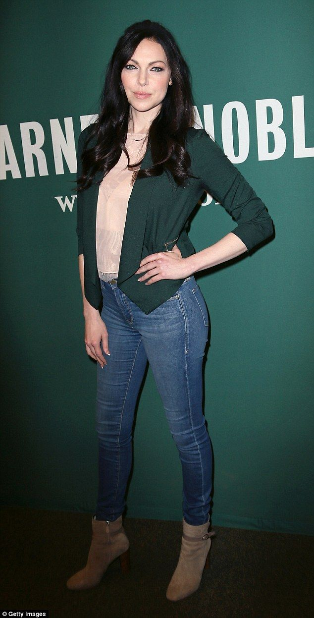Laura Prepon Hot in Jeans