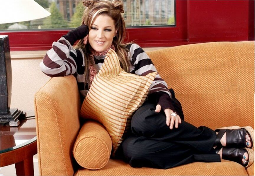 Lisa Marie Presley thigh sexy