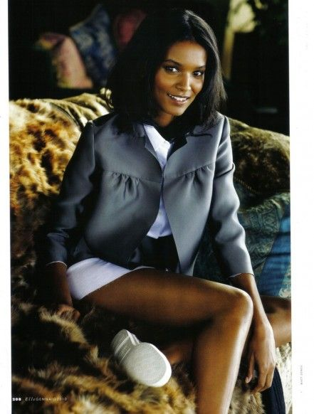 Liya Kebede hot lady photo