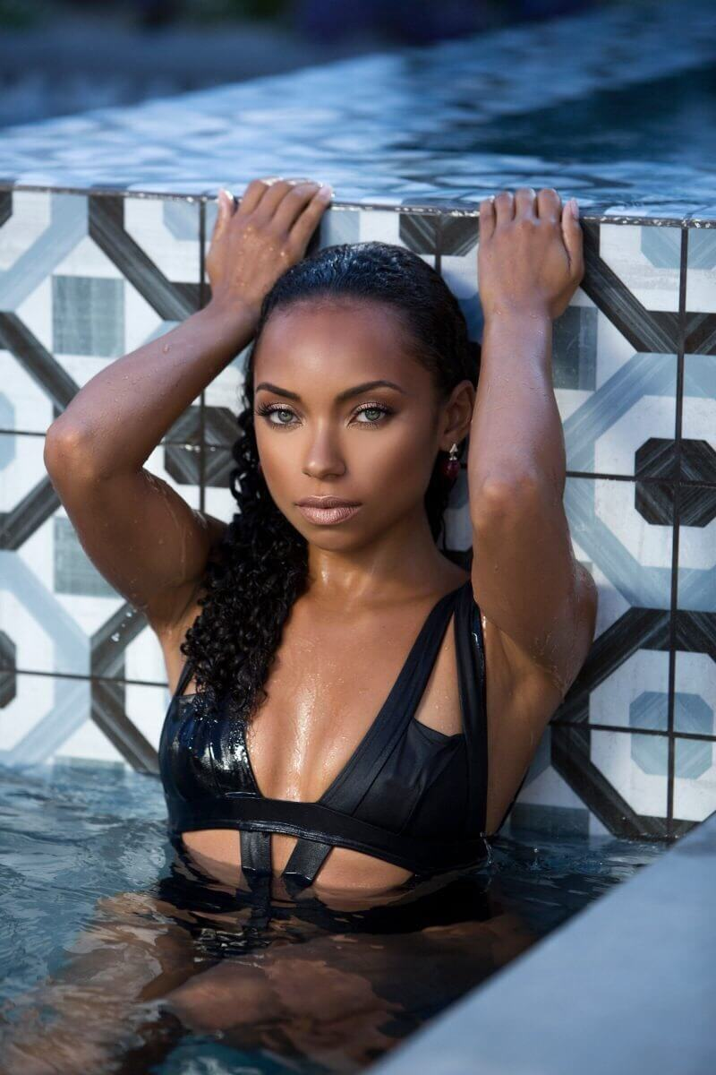 Logan-Browning-side boobs