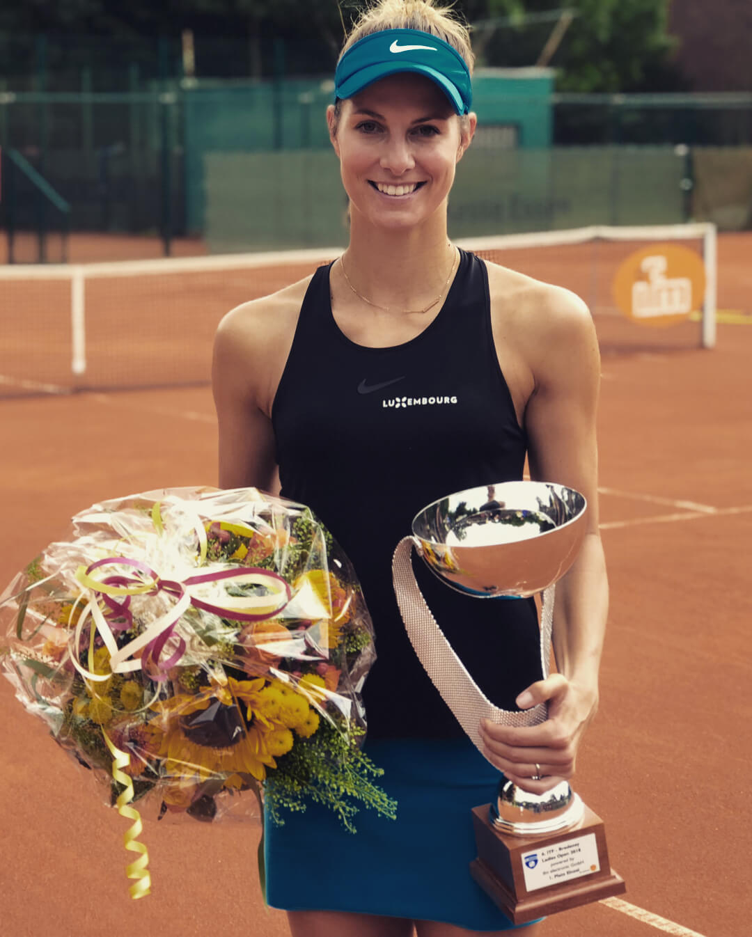 Mandy Minella hot pictures