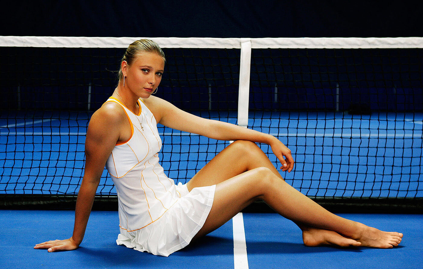 Maria Sharapova sexy long leg