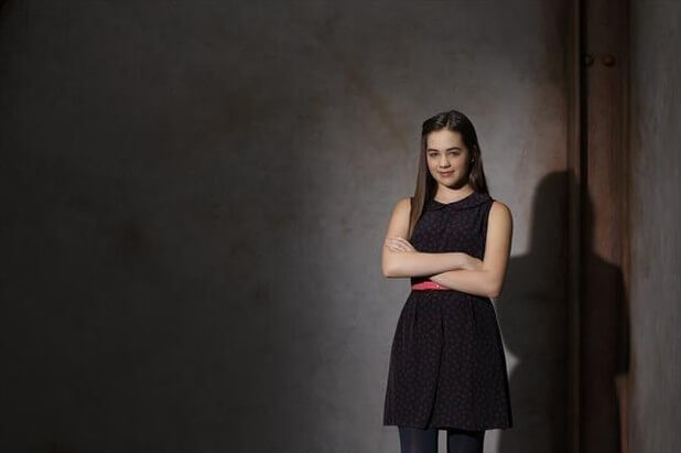 Mary Mouser sexy picture