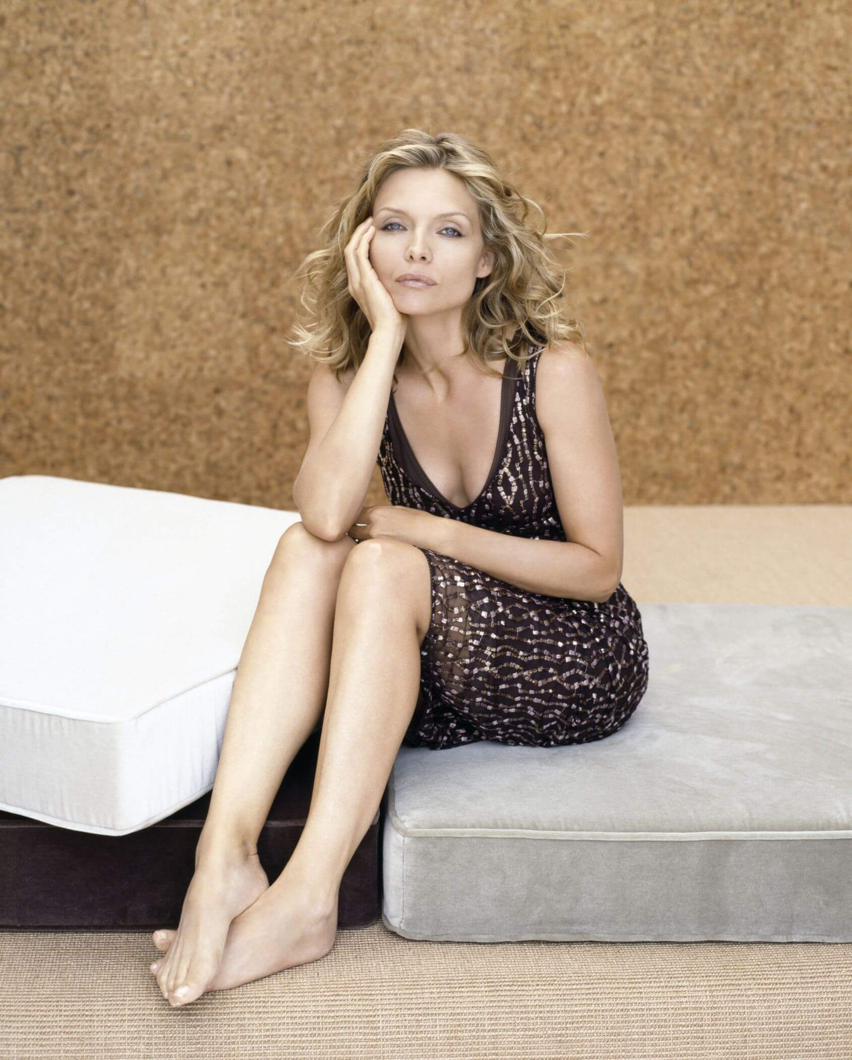 Michelle Pfeiffer cleavages hot