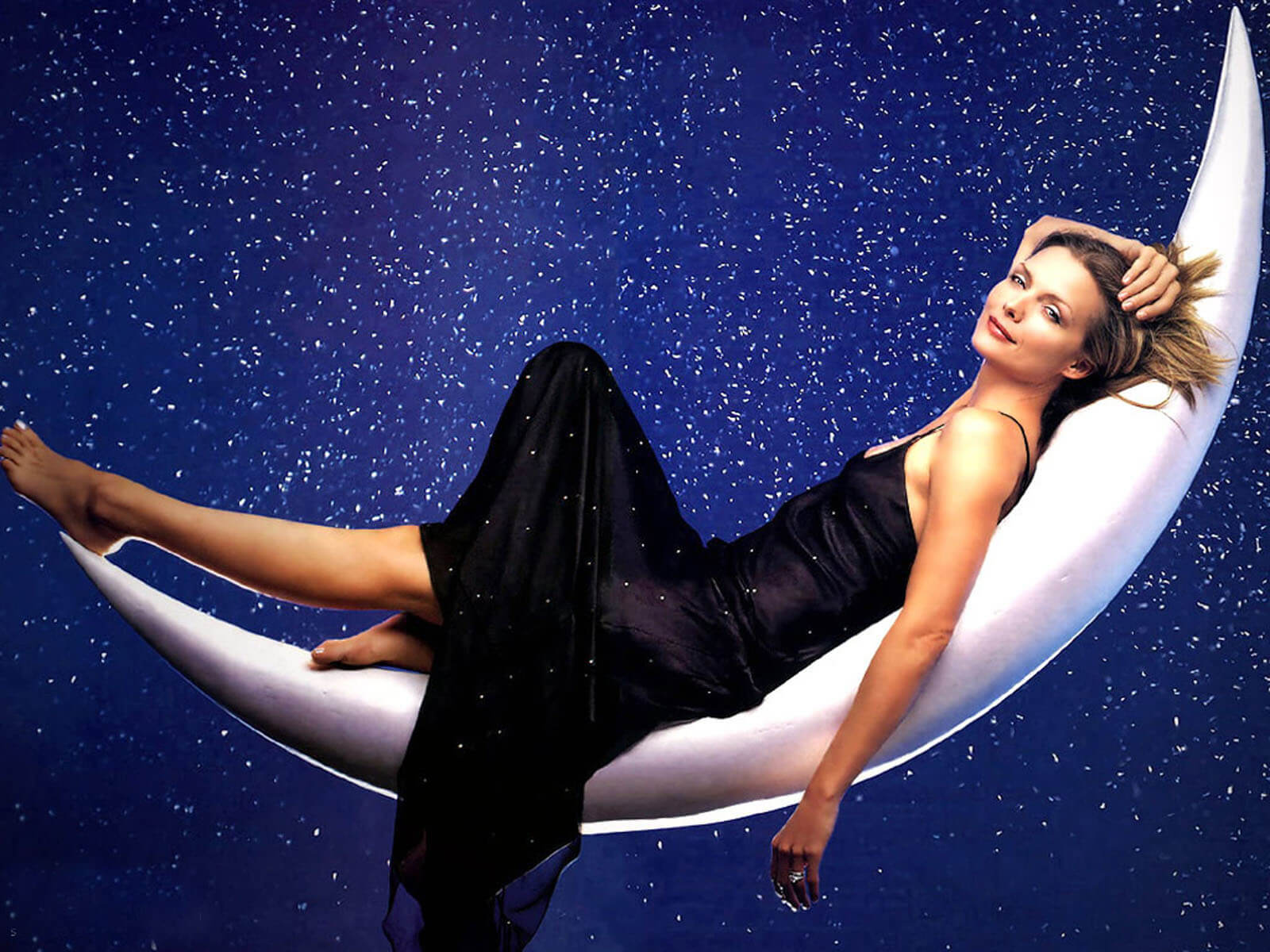 Michelle Pfeiffer feet awesome pic