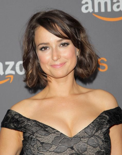 Milana Vayntrub hot lady photo