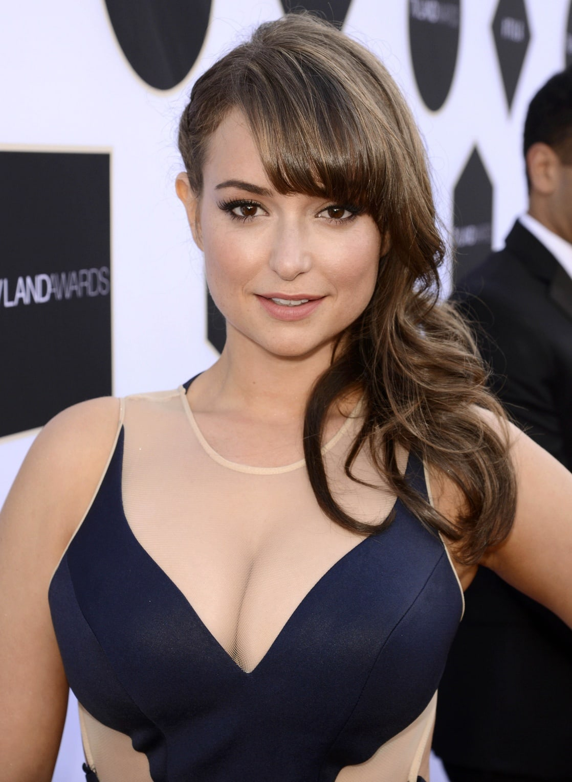 Milana Vayntrub hot women