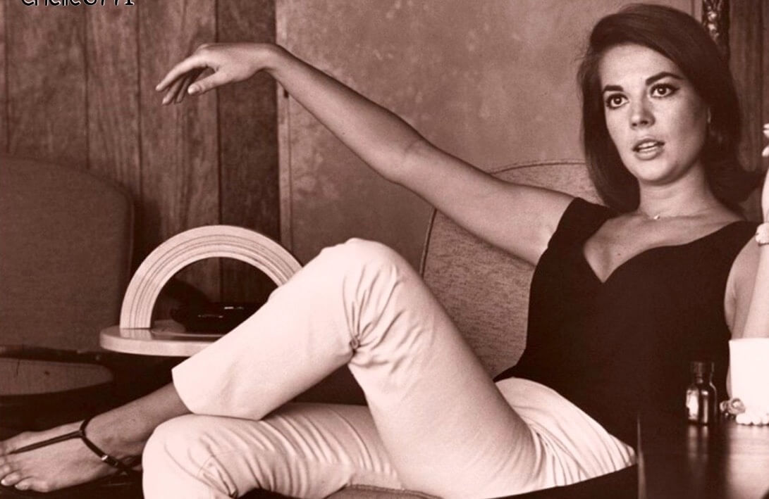 Natalie-Wood hot legs