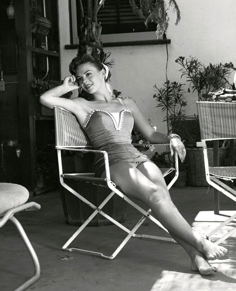 Natalie Wood legs awesome