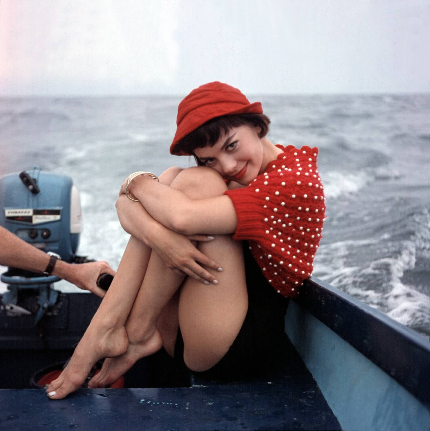 Natalie-Wood sexy thighs