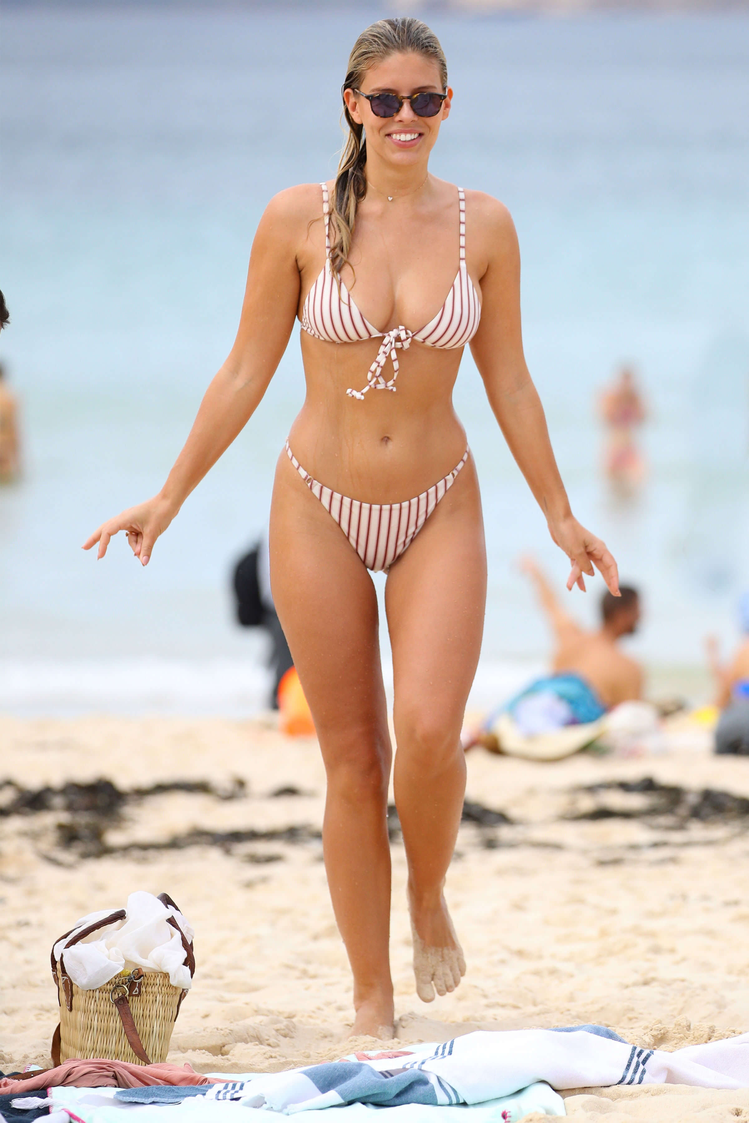 Natasha Oakley legs hot