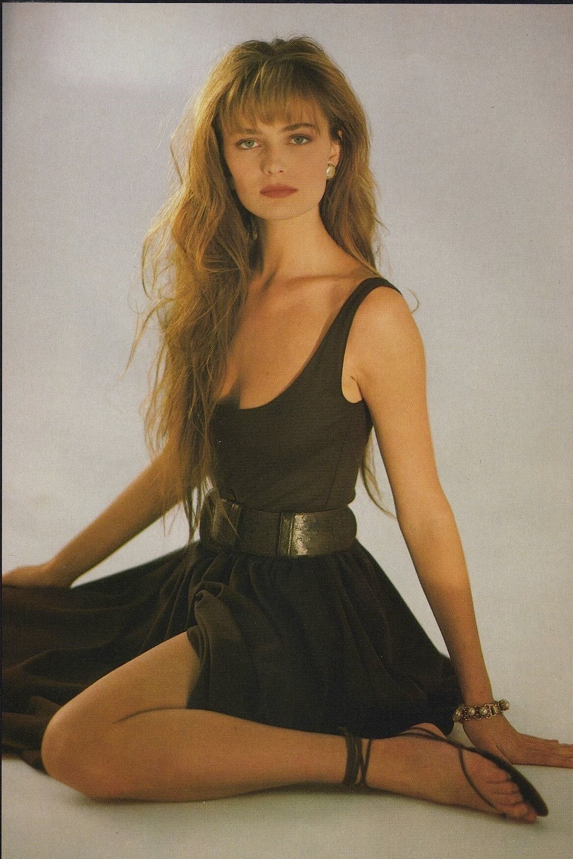 Paulina Porizkova cleacvages awesome pic