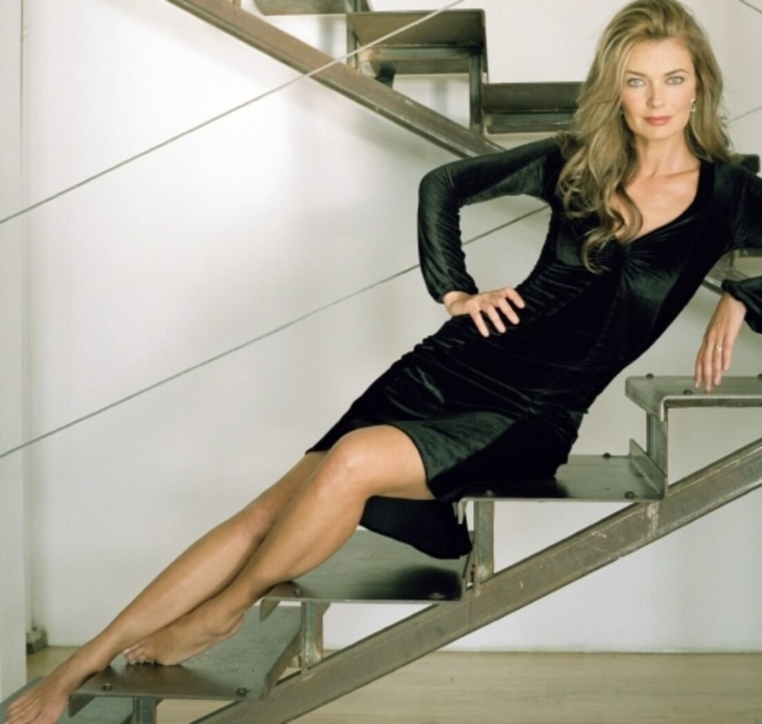 Paulina Porizkova sexy black dress