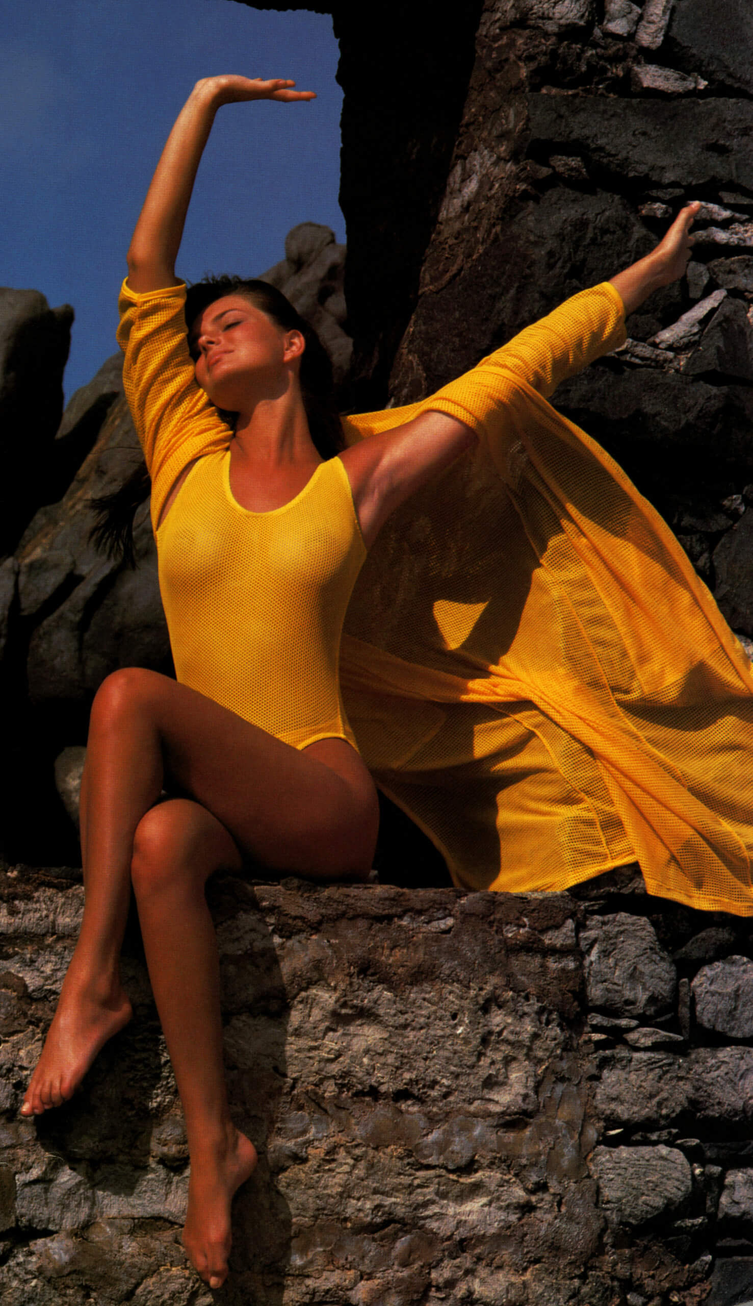 Paulina Porizkova yellow sexy dress