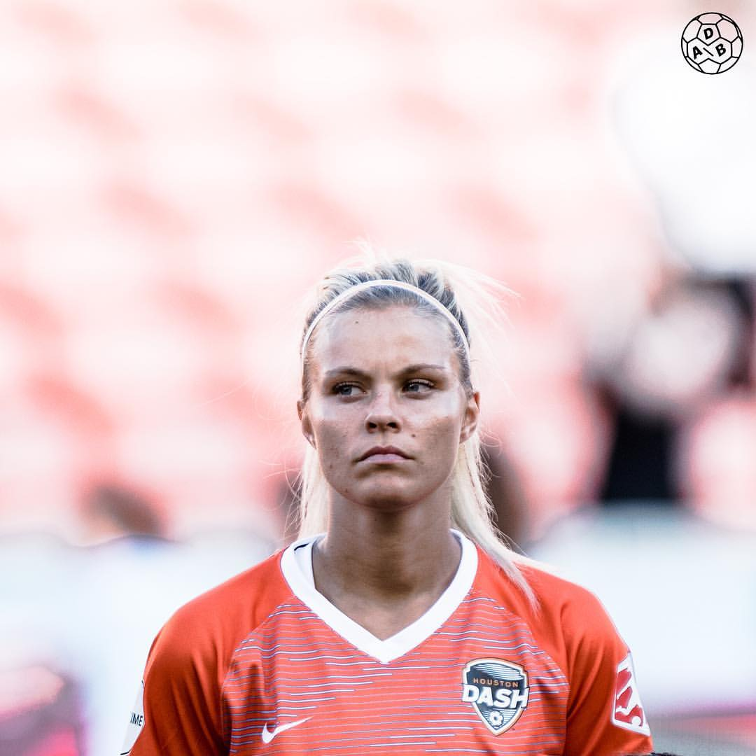 Rachel Daly sexy picture (2)