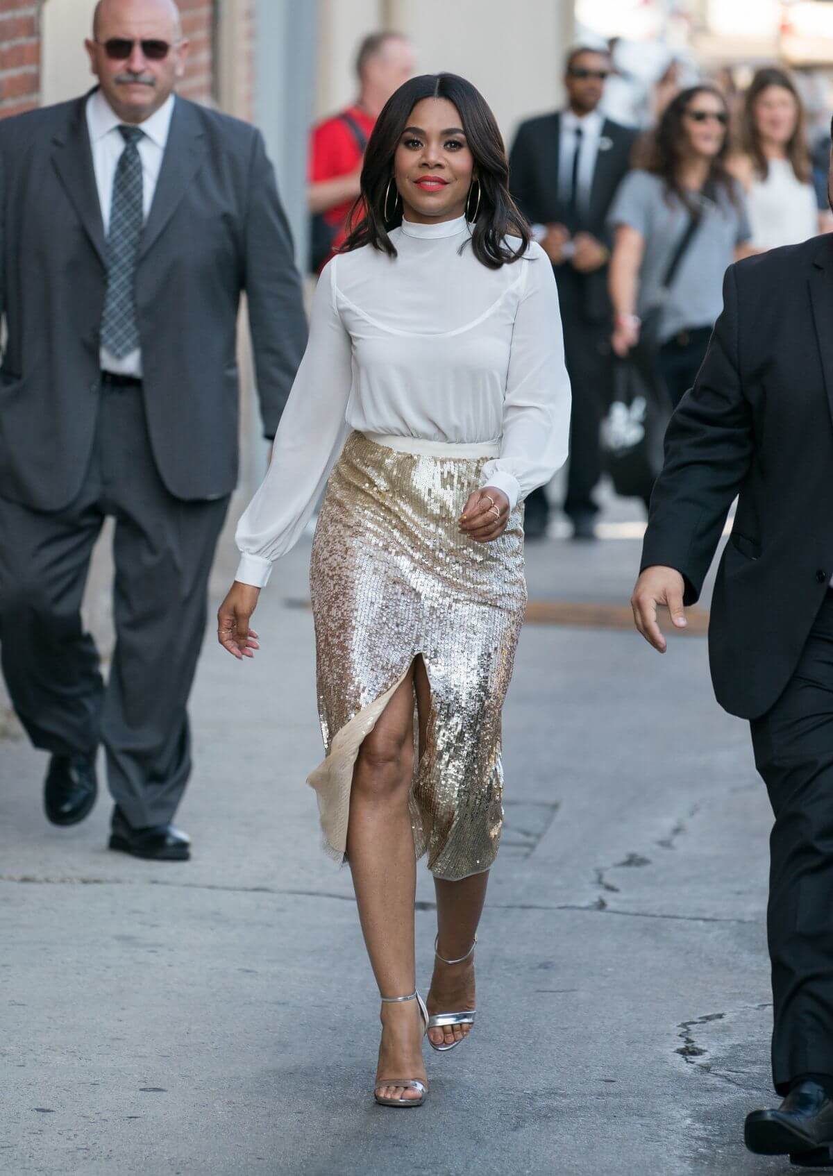 Regina Hall sexy feet pic