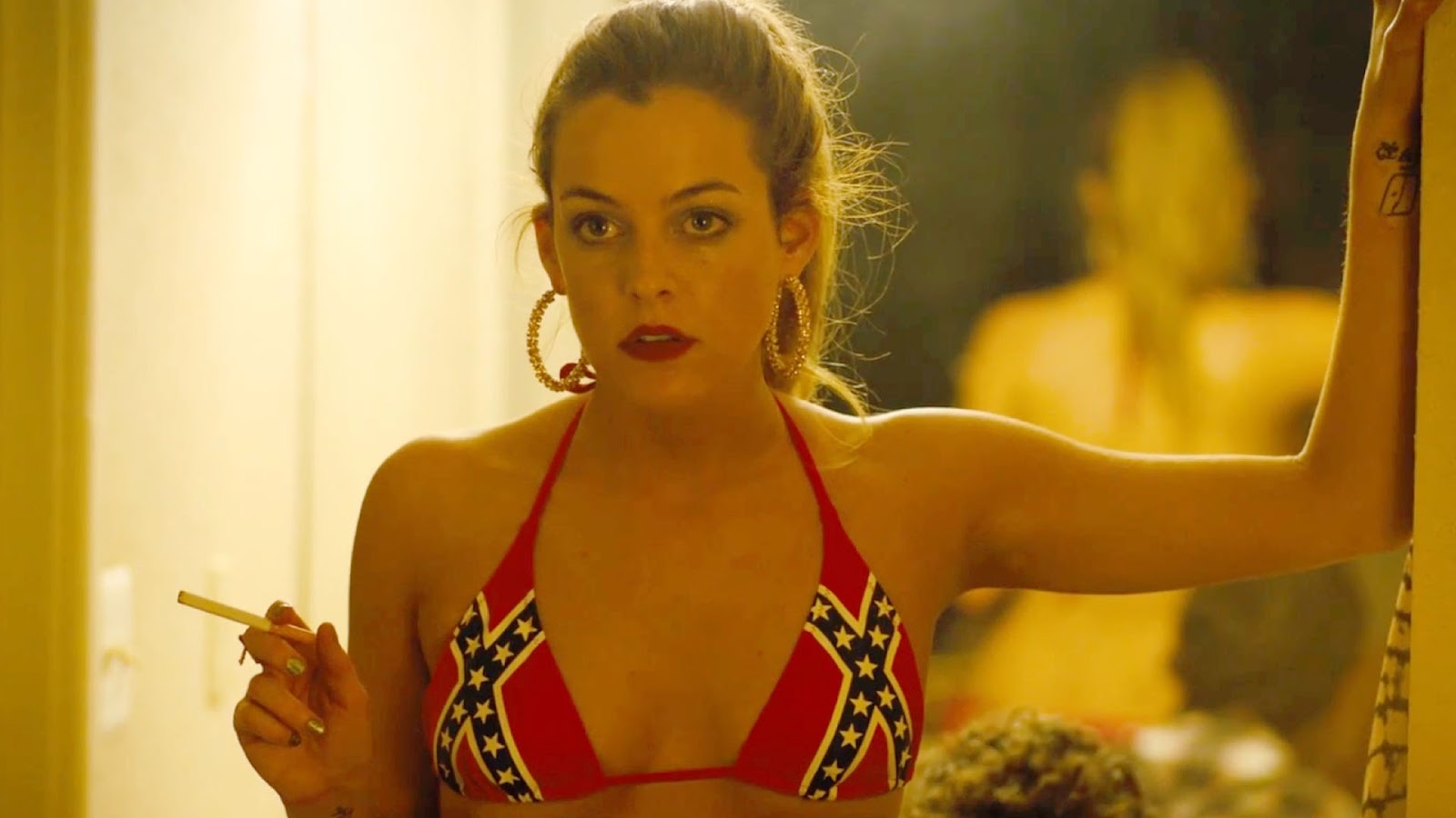 Riley Keough damm hot picture