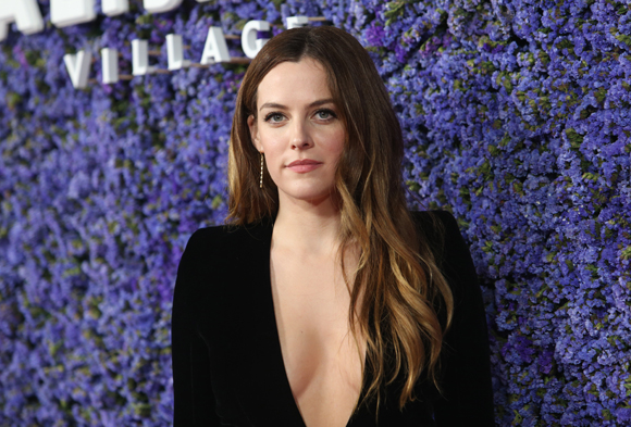 Riley Keough sexy lady