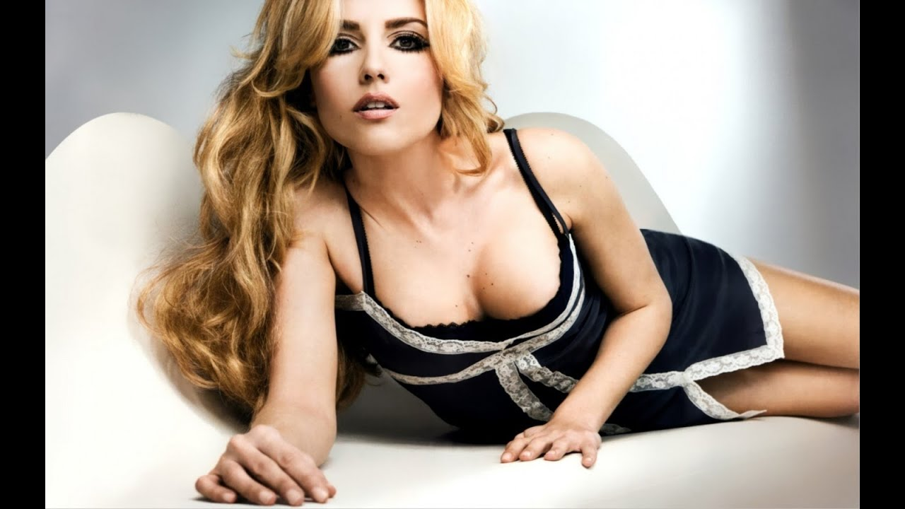 Riley Keough sexy women picture