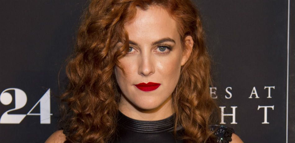 Riley Keough very sexy pic