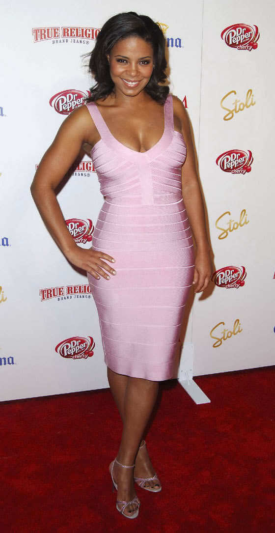 Sanaa Lathan hot look