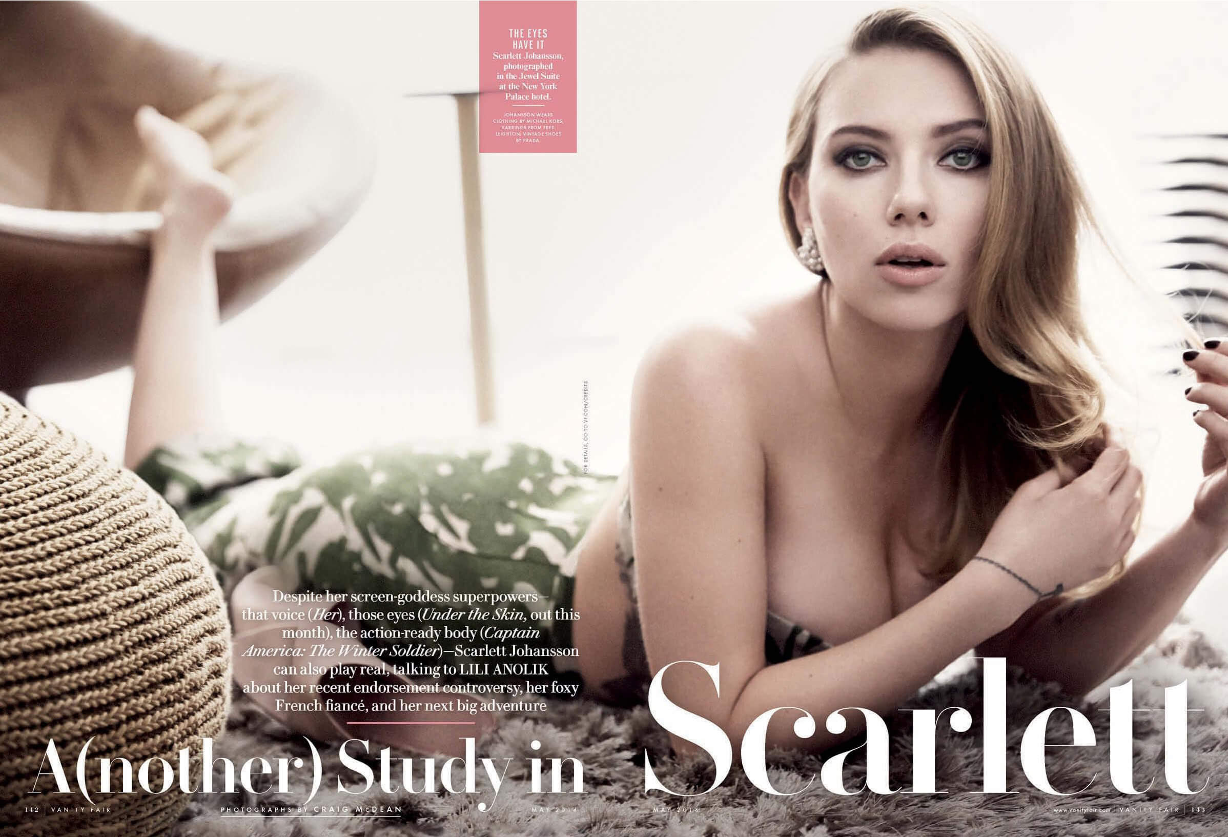 Scarlett Johansson hot and sexy pic